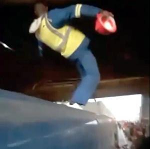[영상] 아드레날린 쭉쭉.. 열차서핑을 아시나요?