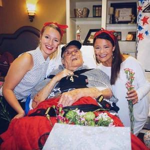 92세 노인의 마지막 소원은 예쁜 여대생과...