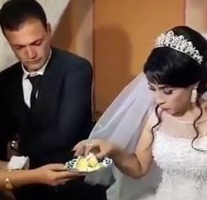 [영상] 결혼식에서 신부 얼굴 후려갈긴 신랑