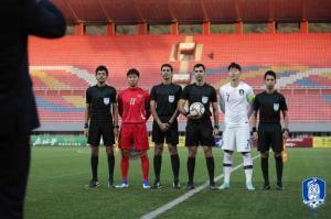 [A-ISSUE] 역도는 되고 축구는 안 된 북한 취재+무관중...벤투호가 두려웠나
