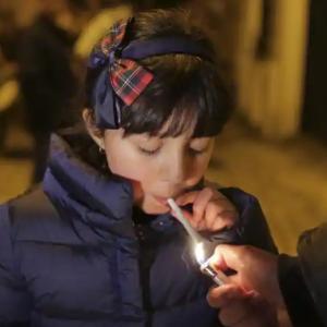 포르투갈, 5살 어린이까지 담배를 피우는 충격적 관행